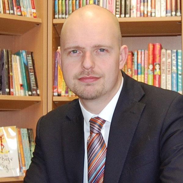 Mr Edward Scrivens