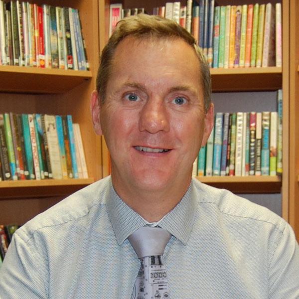 Dr Charles Erb